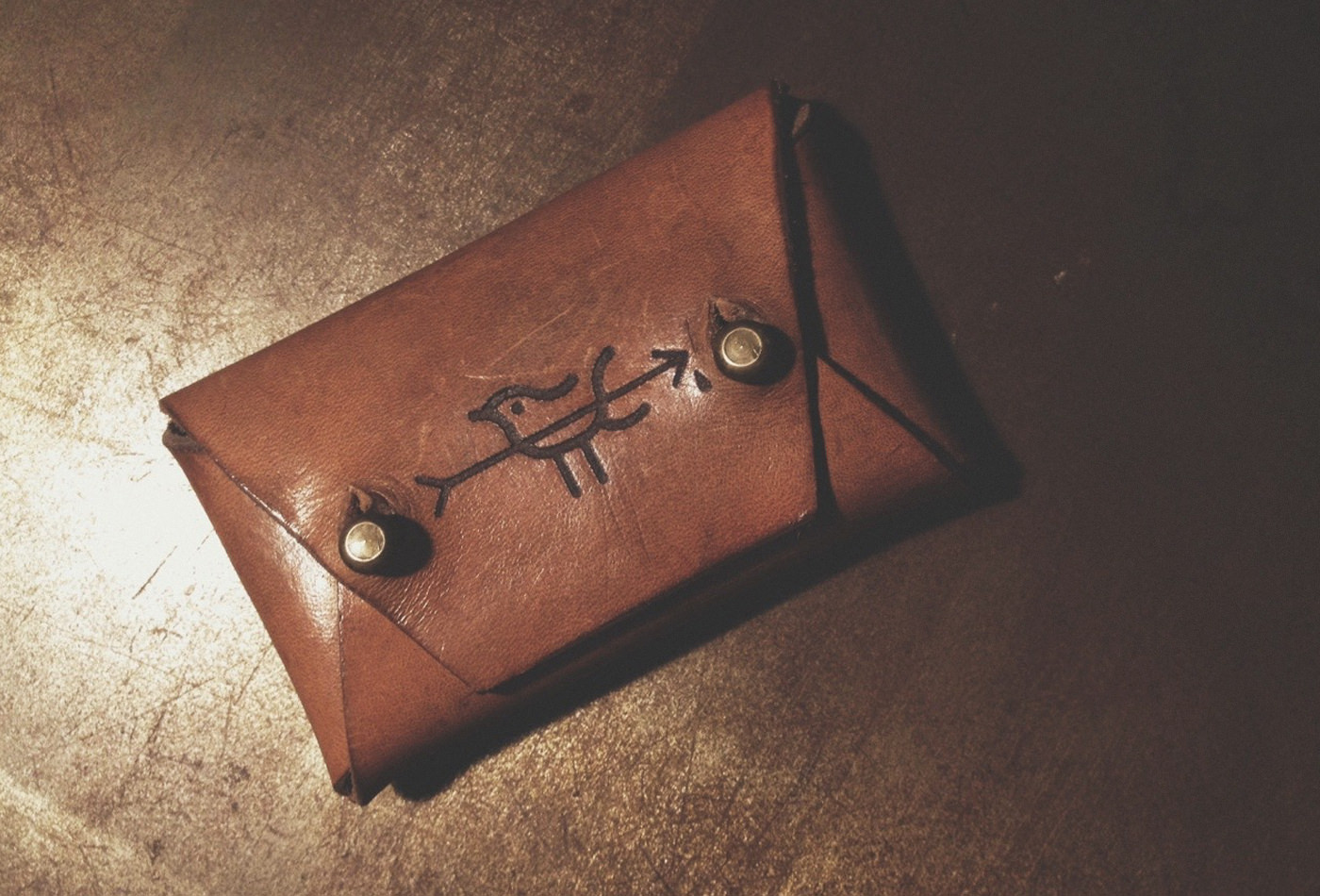 vacaliebres-leather-wallet-pettirossohandcraft-vacaliebres-brand-branding-marks
